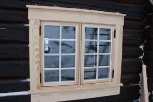 Innsetting av nytt vindu i gammel bu.
